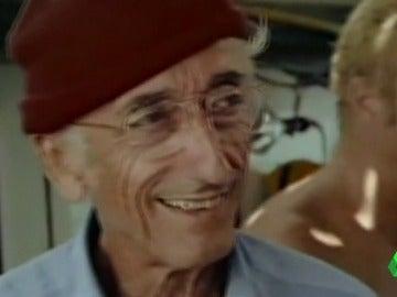 Frame 78.489176 de: Cousteau
