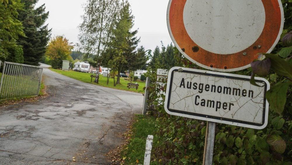 Vista de una zona de acampada en la ciudad natal de la niña Peggy, desaparecida en 2001 cuando tenía nueve años, en Lichtenberg