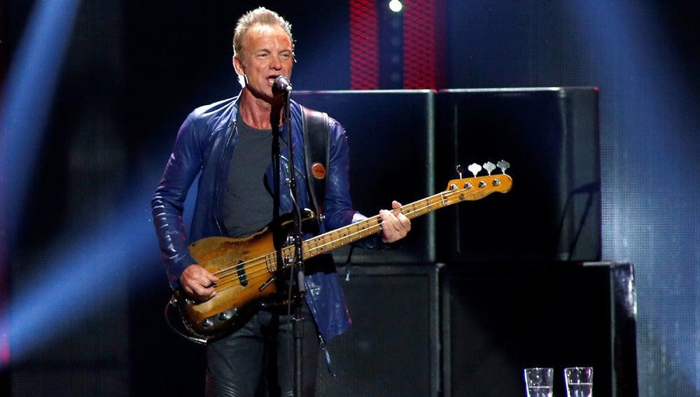 Sting, en un escenario