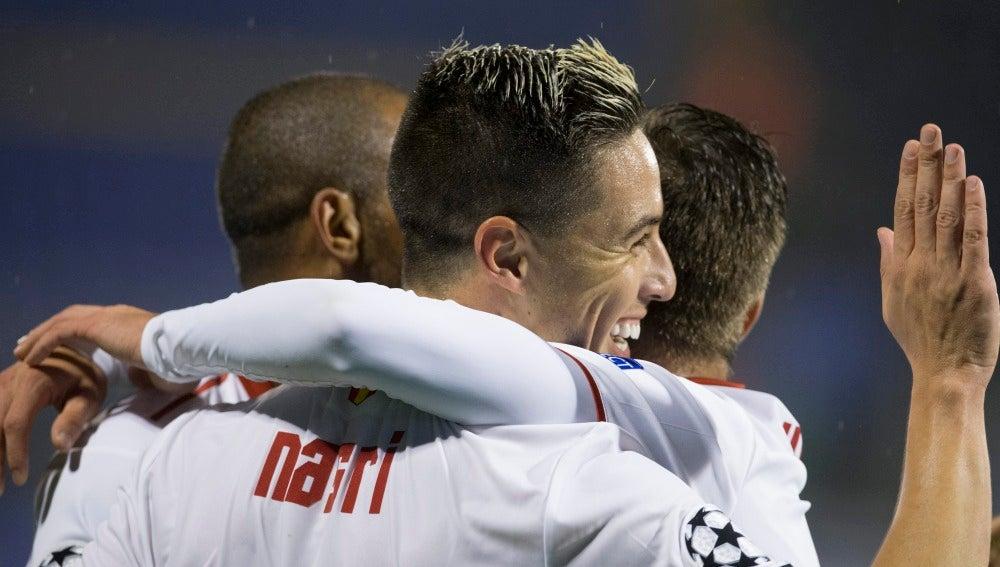 Nasri celebrando el gol ante el Dinamo Zagreb
