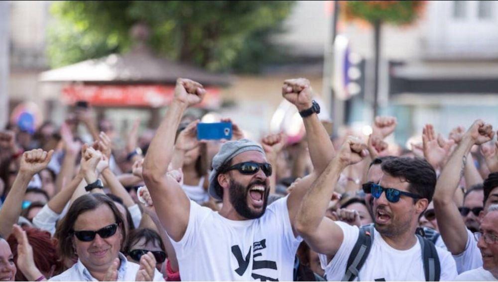 Jesús Candel, Spiriman, encabeza una protesta