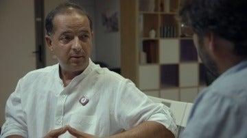 """Fernando Marín, predidente de DMD: """"En España no se respeta la voluntad de hasta cuándo afrontar el infierno de la enfermedad"""""""