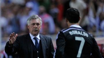 Ancelotti saluda a Cristiano
