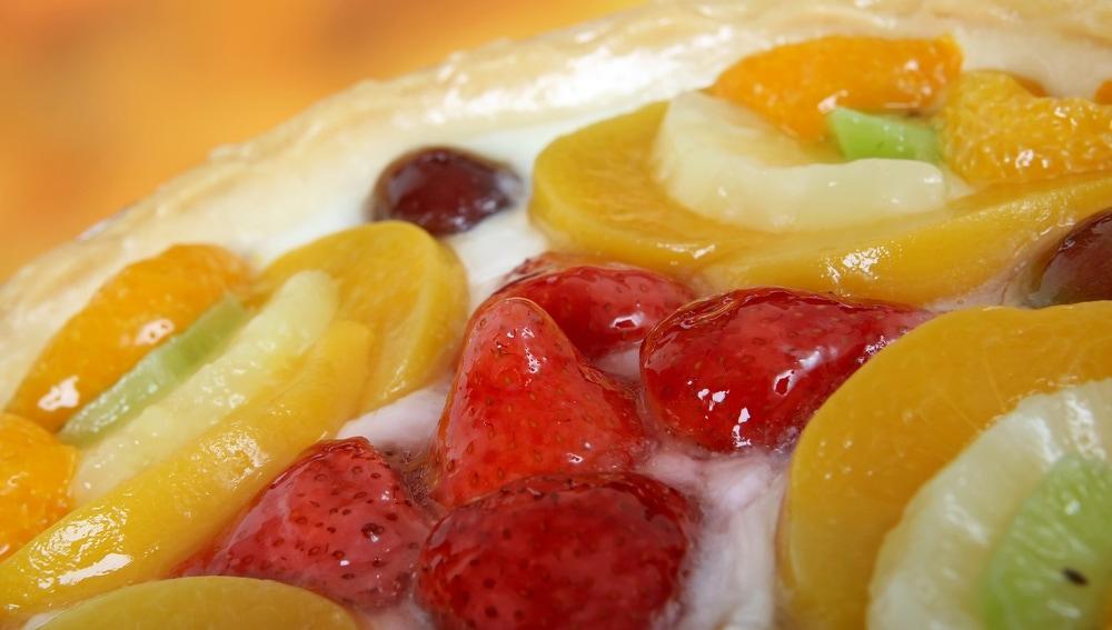 Postre con diversas frutas