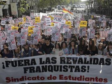 Manifestación contra las reválidas en Madrid