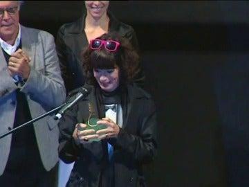 Frame 0.0 de: Geraldine Chaplin recibe la Espiga de Oro, el reconocimiento de una vida entera dedicada al cine