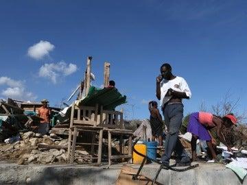 Destrozos causados por el huracán Matthew