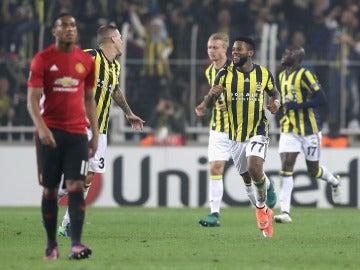 El Fenerbahçe derrota al United de Mou en Europa League