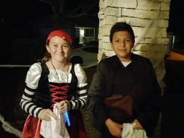 Amanda y Rafael celebrando Halloween
