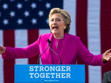 La candidata demócrata para la presidencia de Estados Unidos, Hillary Clinton durante un acto de campaña electoral en Carolina del Norte (EE.UU.)