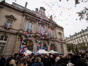 Homenaje a las víctimas de los ataques de París