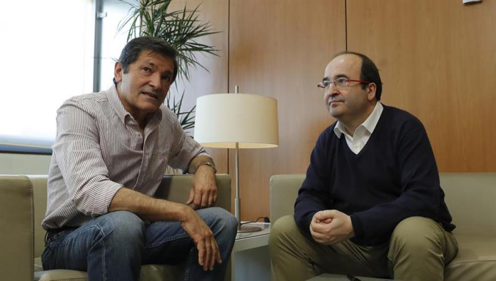 Javier Fernández y Miquel Iceta se reúnen en Madrid
