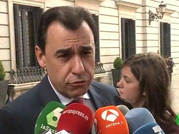 """Frame 68.918139 de: El PP tacha de """"miserable"""" la ausencia de Podemos en el minuto de silencio a Rita Barberá en el Congreso"""