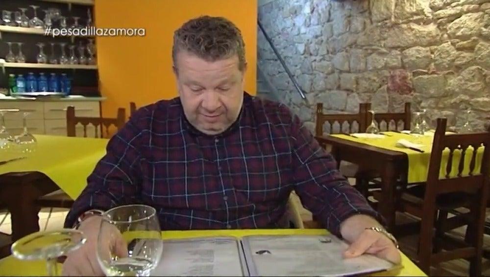"""Frame 21.106285 de: Este jueves en Pesadilla en la Cocina: """"Coño, Bacalao a la tranca es el Cot Tod to the tranca"""""""