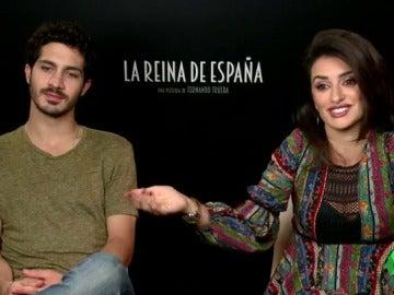 Frame 16.705304 de: La niña que se marchó a Hollywood se convierte en reina: Penélope Cruz analiza la evolución de su personaje en 'La reina de España'