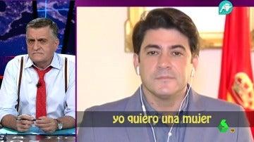 """Frame 116.546129 de: ¿Estaría escuchando esta canción el alcalde de Alcorcón durante su entrevista?: """"Quiero una mujer como la tele..."""""""