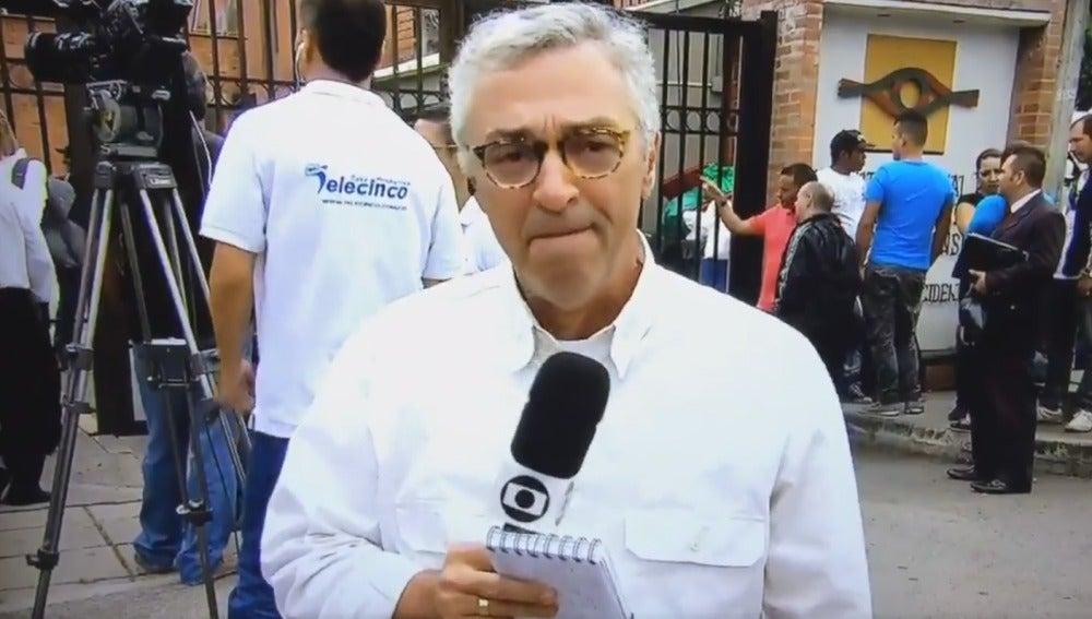Un periodista rompe a llorar en directo
