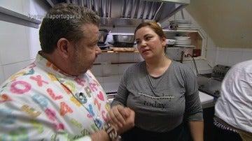 Alberto Chicote y la dueña del 'María la Portuguesa'