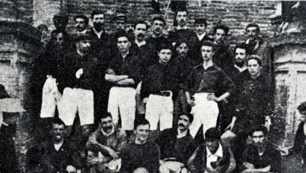 Imagen del Barcelona en el primer Clásico de la historia