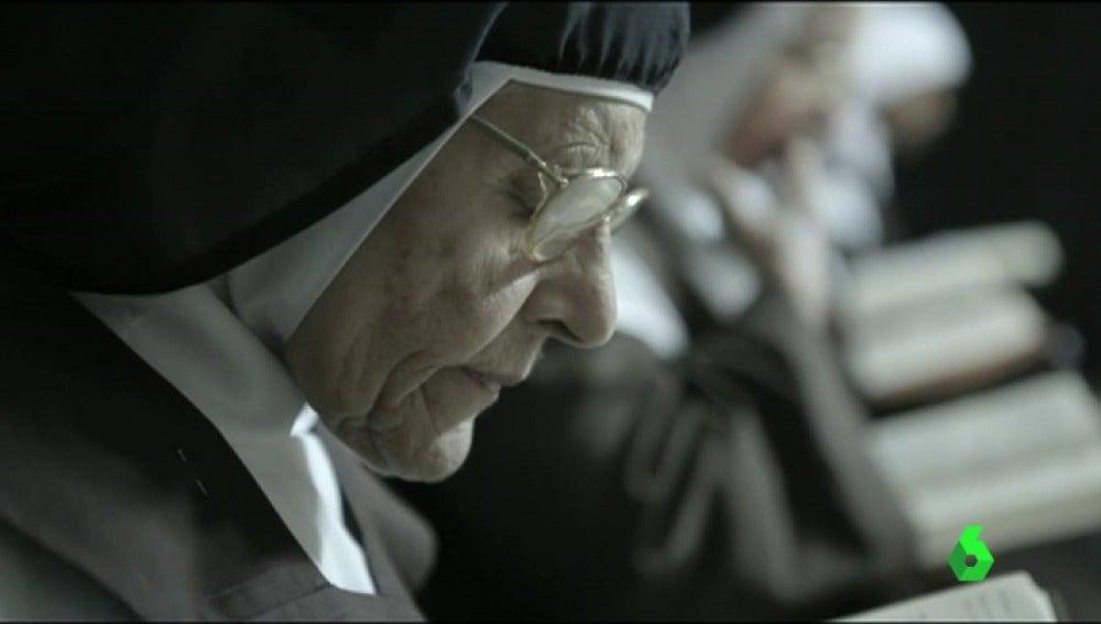 Frame 1.063496 de: 'Un millón de hostias', un retrato de la Cuba actual a través del viaje de unas monjas de clausura