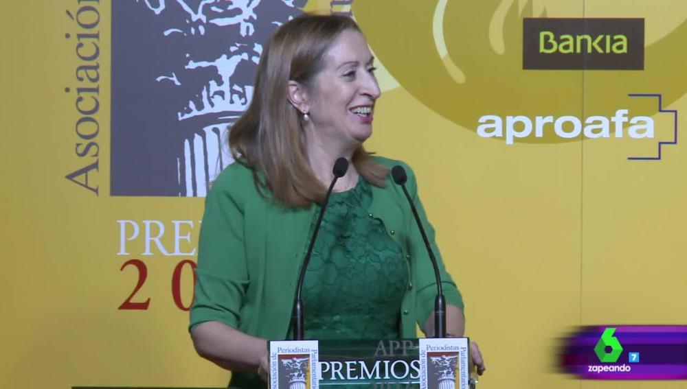 Ana Pastor, en la entrega de los premios de la Asociación de Periodistas Parlamentarios