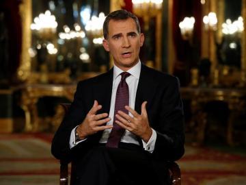 El rey Felipe VI se dirige a los españoles en uno de sus mensajes de Navidad
