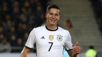 Draxler, en un partido con Alemania