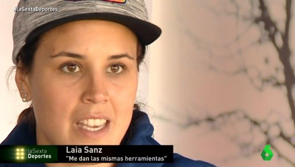 Laila Sanz, piloto del Dakar