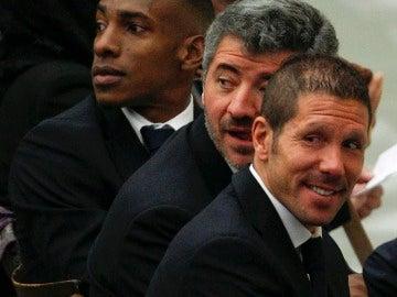 Perea, Gil Marín y Simeone, durante la visita del Papa Benedicto XVI