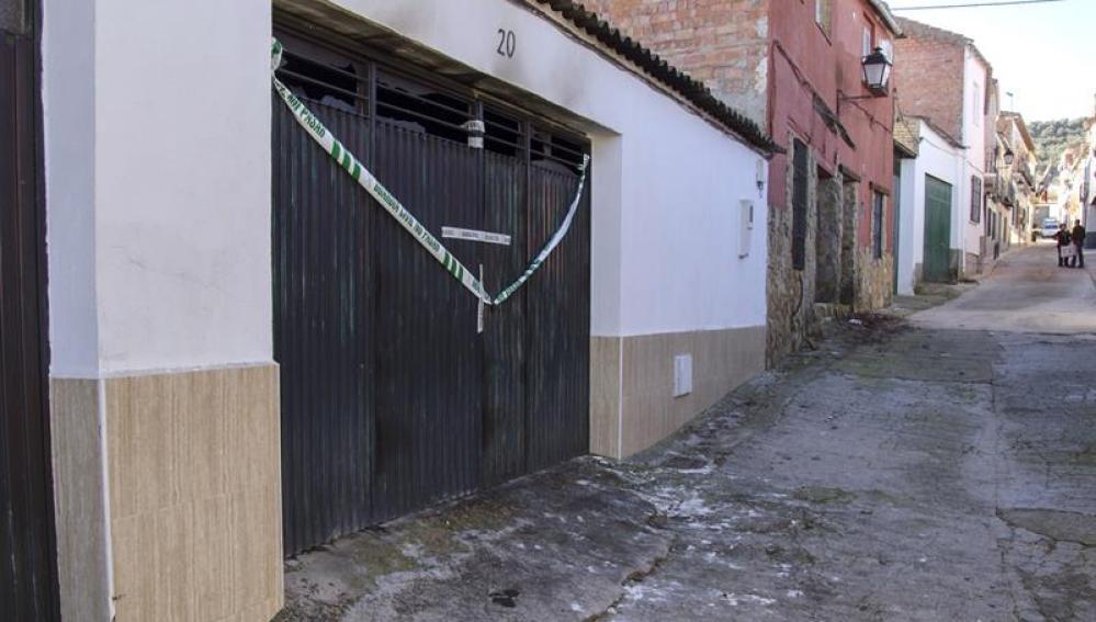 La cochera donde fallecieron los tres temporeros de la aceituna en Jaen