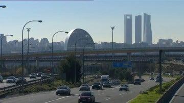 Frame 1.711222 de: Madrid rebaja este viernes las restricciones al escenario 2 y podrán circular todos los vehículos
