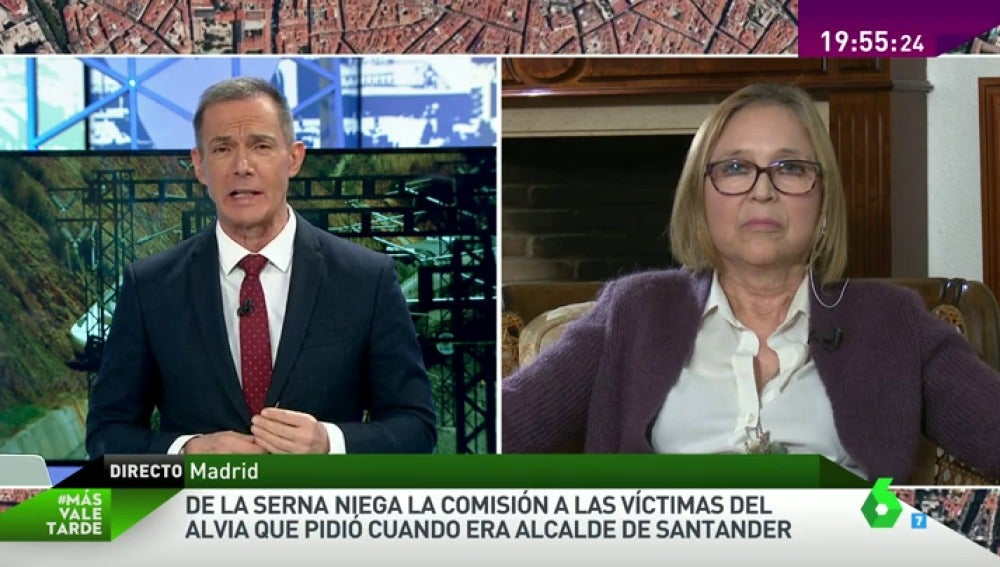 """Frame 4.580399 de: Teresa Gómez-Limón, portavoz de las víctimas del Alvia: """"De La Serna no tiene principios ni valores"""""""