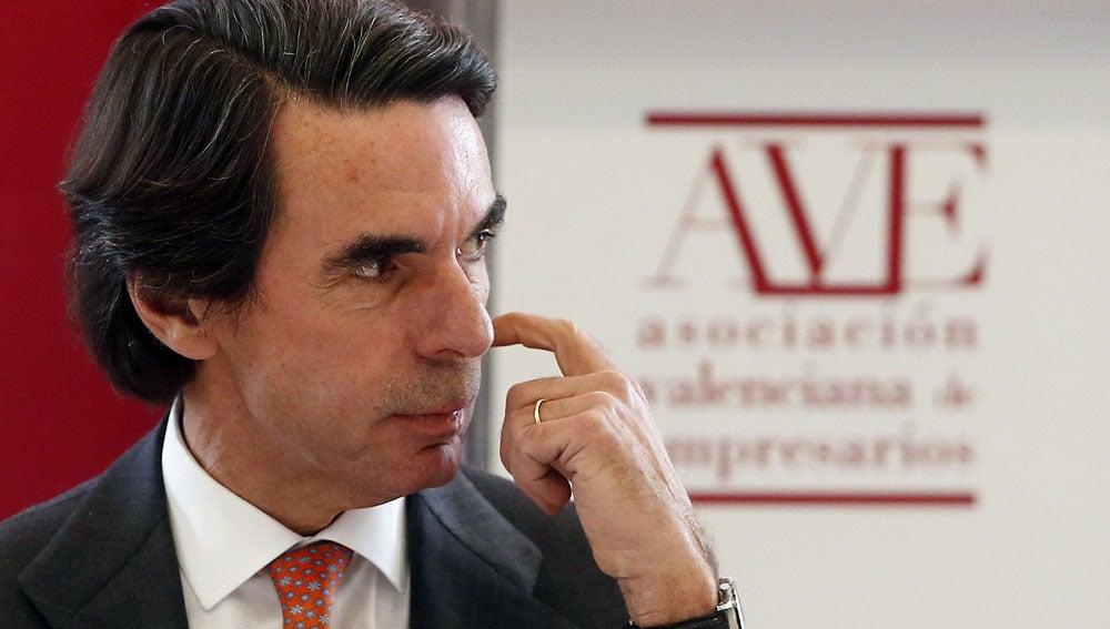 Aznar durante una conferencia