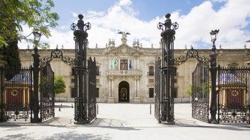 Fachada de la Universidad de Sevilla