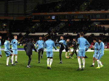 Los jugadores del Manchester City, calentando