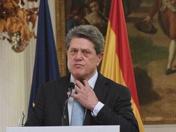 Federico Trillo anuncia que deja la embajada de Londres