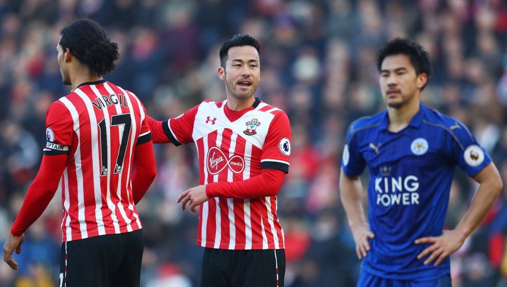 El Southampton celebrando uno de sus goles frente al Leicester