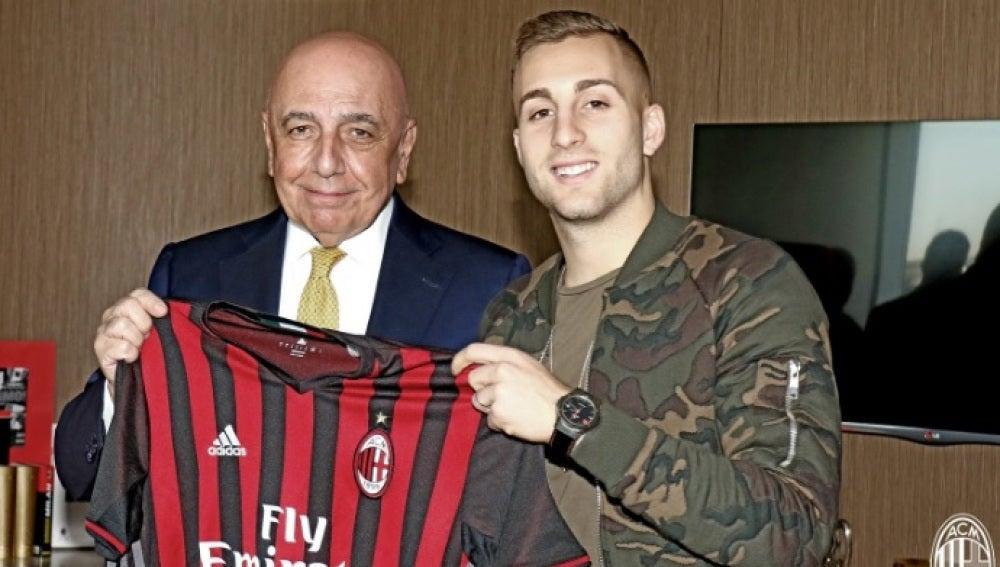 Gerard Deulofeu, nuevo jugador del Milan hasta junio de 2017