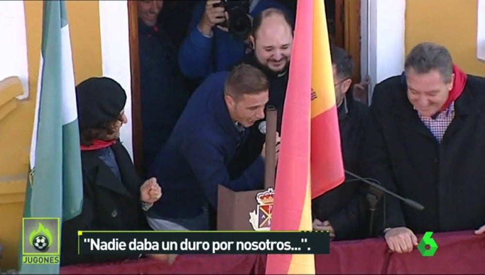 """Frame 8.310957 de: La magistral imitación de Manuel Ruiz de Lopera que se ha hecho viral: """"¡Estábamos en la UVI!"""""""