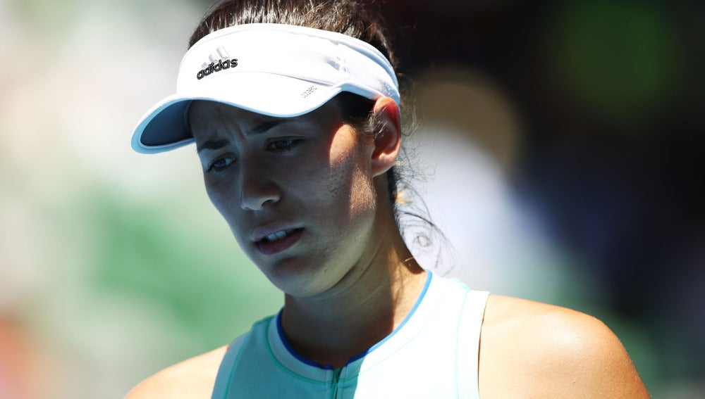 Garbiñe Muguruza se lamenta en un partido del Open de Australia
