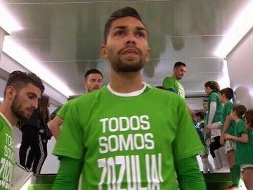 Camisetas de apoyo a Zozulya