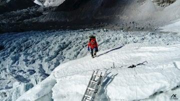 Alex Txikon en la subida al Everest