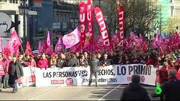 Frame 0.802946 de: huelga sindicatos