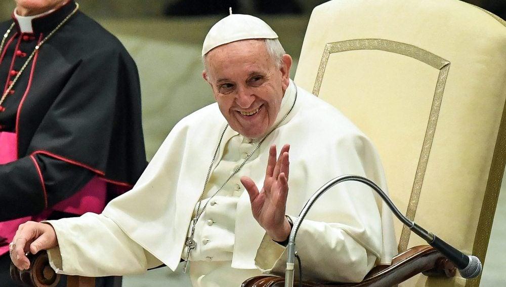 Matrimonio Catolico Con Un Ateo : El papa insta a los sacerdotes a no cerrar las puertas de la iglesia