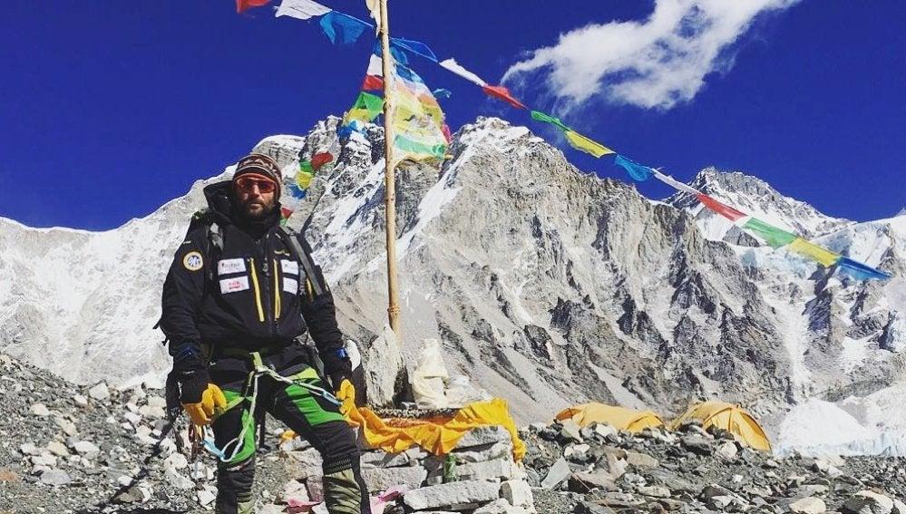 Alex Txikon, en el campo base del Everest
