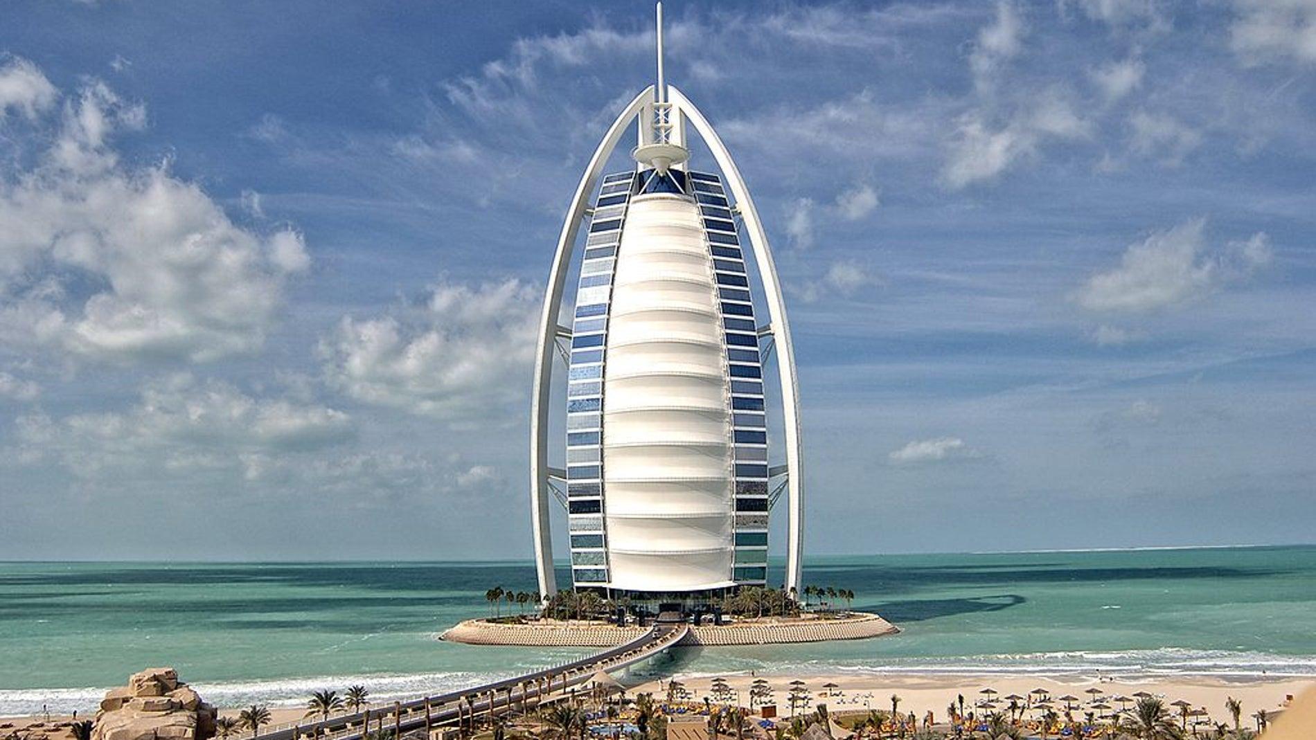 Burj al Arab, uno de los hoteles más altos de Dubái (EAU)