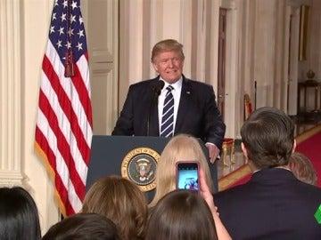 Días después del arresto de la familia de Ali, Trump elogia a los afroamericanos