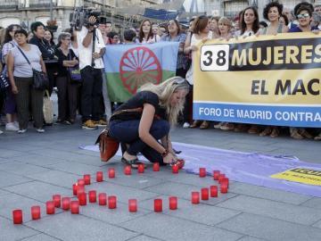 Un momento de una concentración contra la violencia machista en la Puerta del Sol de Madrid