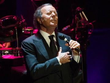 Julio Iglesias en concierto
