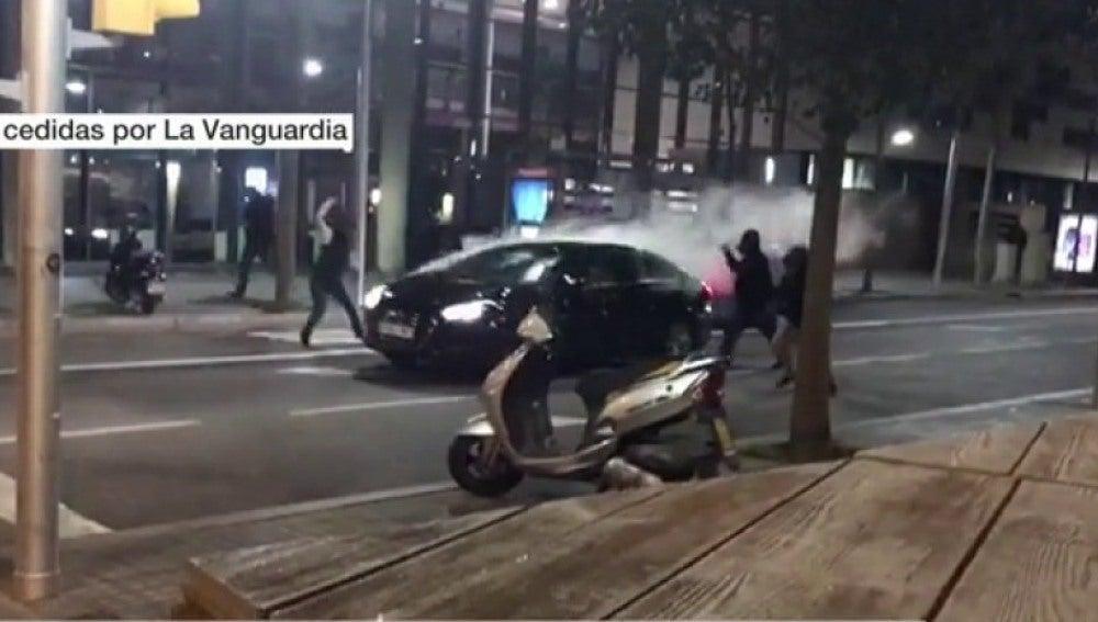 Ataque a un coche en Barcelona